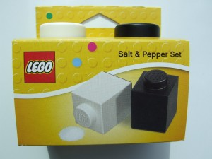 lego salt and pepper shaker block