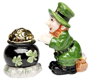 Leprechaun st patrick day salt pepper shaker