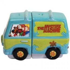 scooby doo salt pepper shaker mystery machine